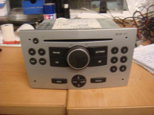 VAUXHALL ASTRA MK5 CD30 MP3 DOUBLE DIN CD HEAD UNIT IN SILVER